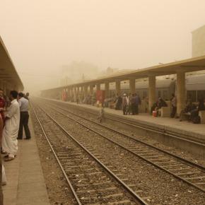 Station Asyut tijdenszandstorm