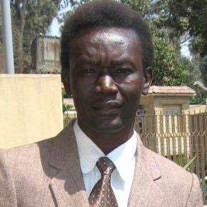 De Bijbel bestuderen inSudan