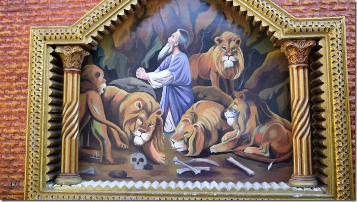 Daniel in the lions' den | Church of St. Karas, Sohag, Egypt (c) willemjdewit P1420835