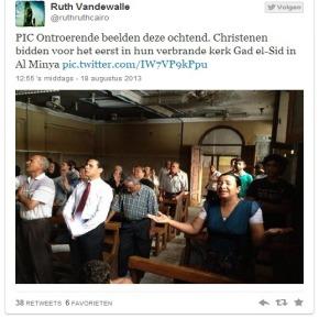 Welk lied zongen ze in die kerk inMinya?