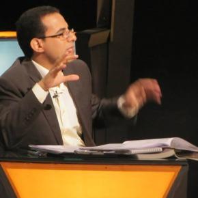 Ds. Sameh Ibrahim in gesprek over de vierevangeliën