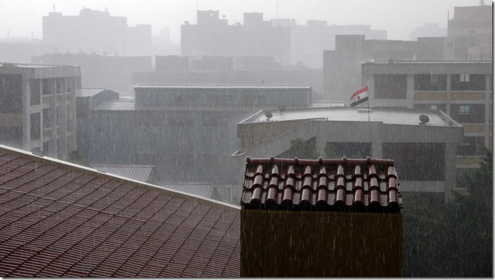P1560910 regen rain Cairo Egypte Egypt (c) willemjdewit
