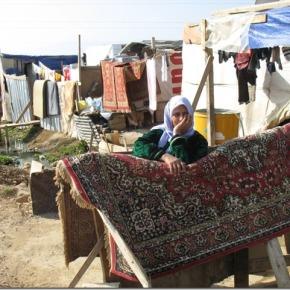 Arie van der Poel bezoekt slachtoffers burgeroorlog Syrië inLibanon