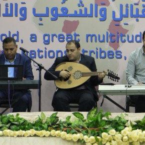 Luister naar musicerende Egyptische theologiestudenten